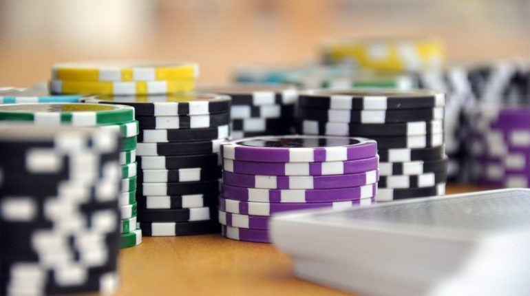 Blackjack Strategy and the Power of Surrender