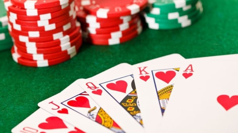 Event Poker - How to Play Suited Connectors