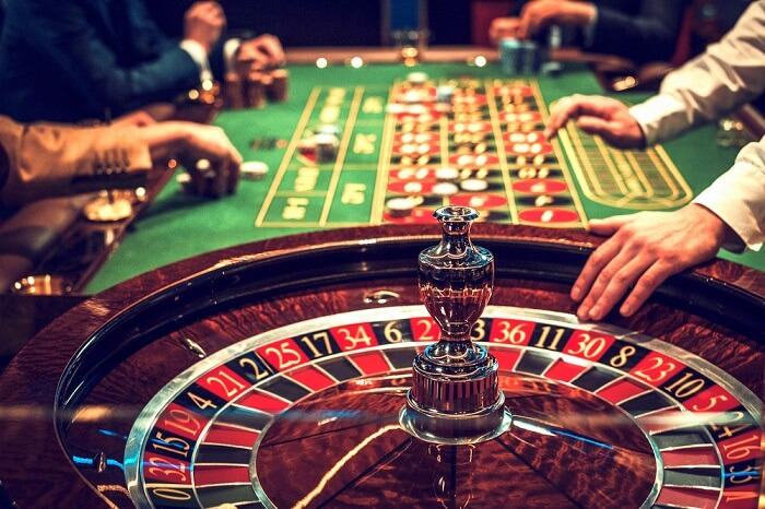 Win and Play in Poker Online
