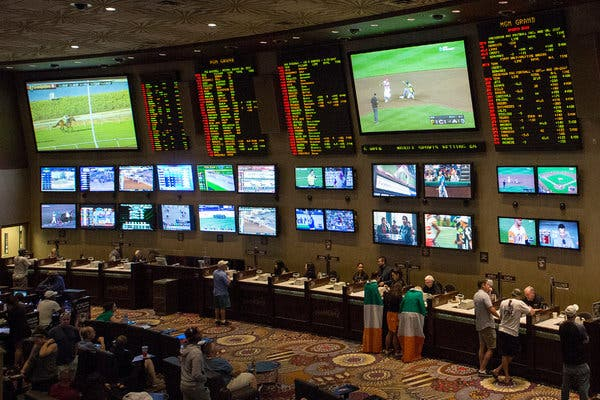World Collection Of Poker - Betting