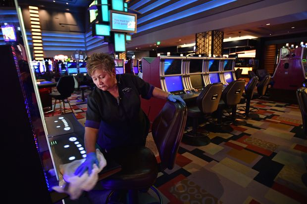 To Read What The Specialists Are Saying About Gambling